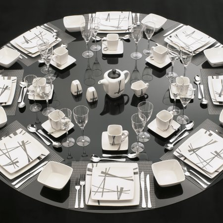 Karibo Ruby Red Table Setting 47 Piece Le Morgan